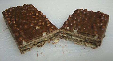 Nestle Crunch Crisp cross section