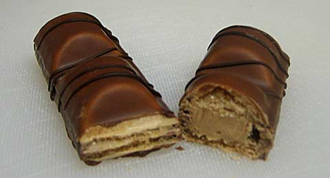 Kinder Bueno cross-section